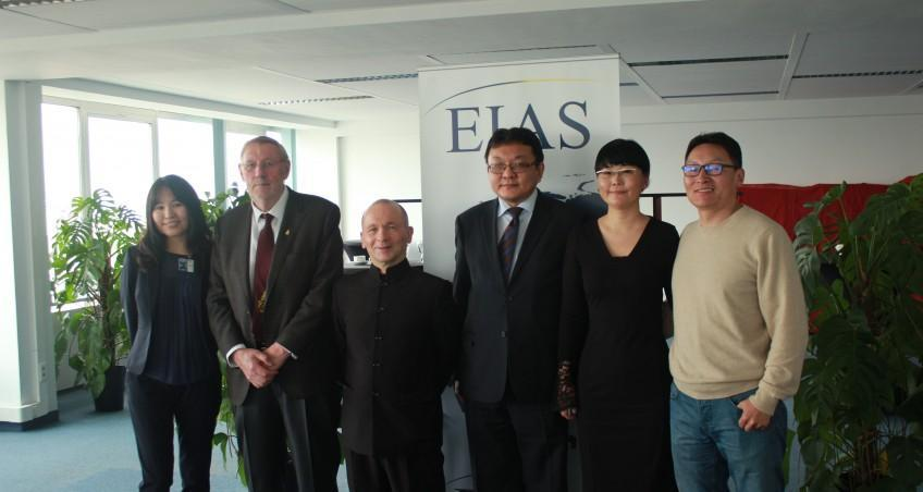 EIAS hosts roundtable on Mongolian Poetry with author Luvsandorj Ulziitugs