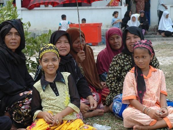 Islam in Cambodia: The Fate of the Cham Muslims (June 2017)